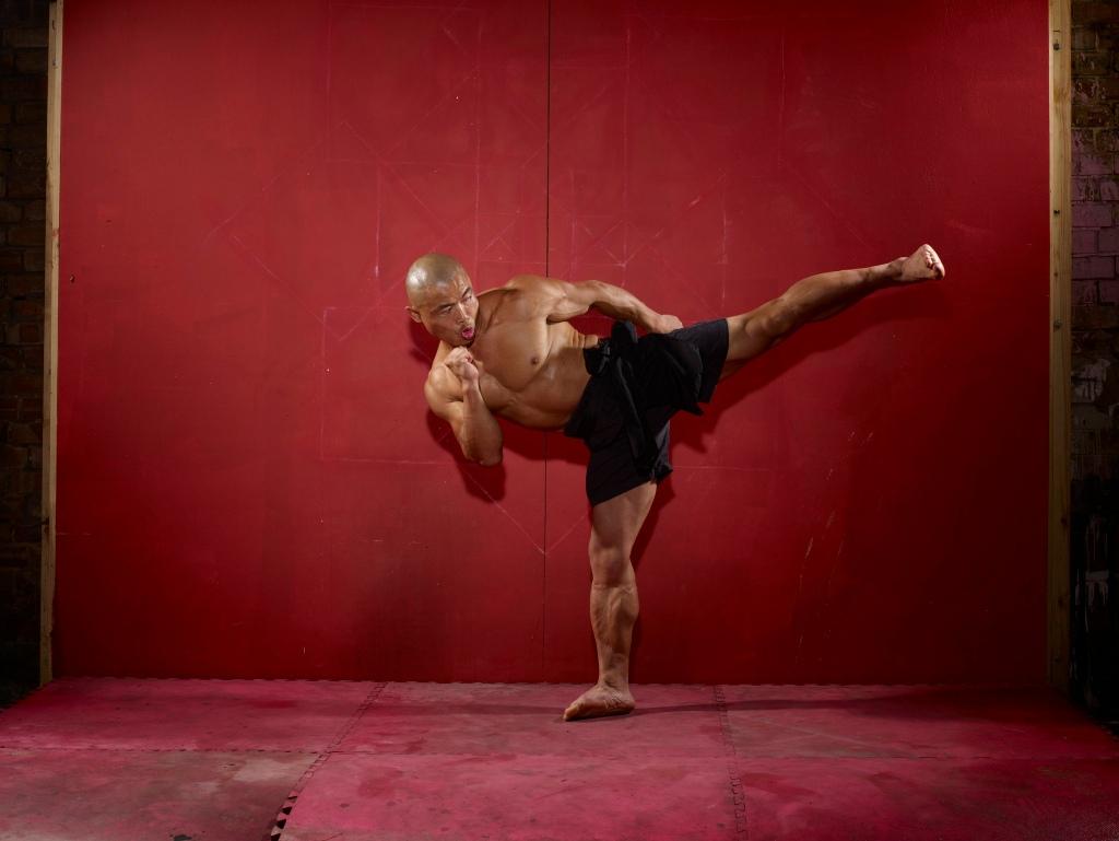 Shifu Yan Lei kicking - image courtesy of www.shifuyanlei.co.uk